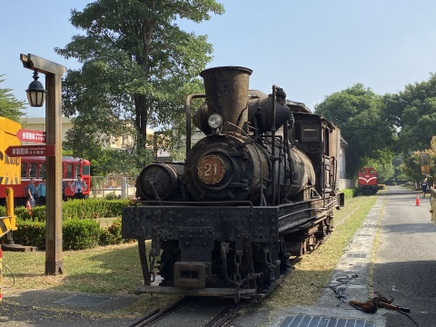 The century-old steam locomotive SHAY 21 will be repaired and renewed